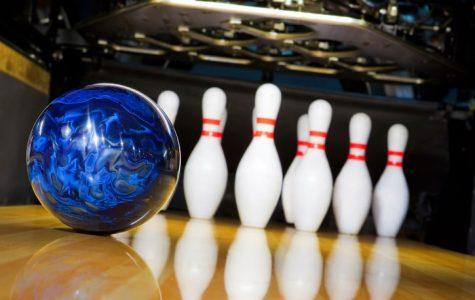 Oak Lawn Girls' Bowling is Ready to Strike Again!