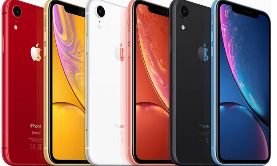 The+various+colors+of+the+iPhone+XR.